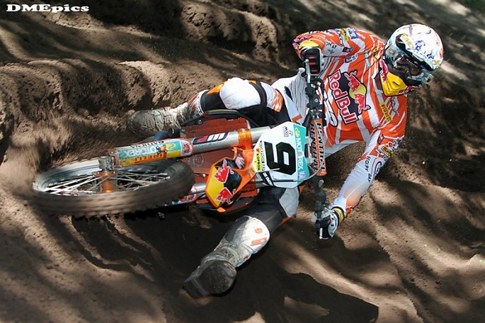 De Dycker domineert openingsmanche BK motorcross